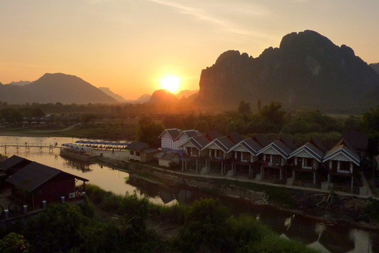 vang Vieng - Romantic Asian Sunsets To Watch With Your Valentine