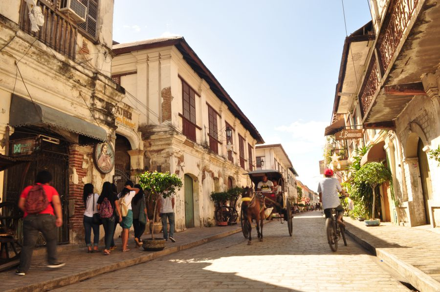 Vigan city is another lovely couple destination in the Philippines.