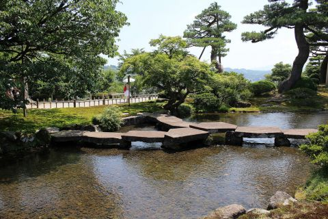 "The second garden in this week's AsianDate trip is Kenroku-en, the ""6 elements garden""."