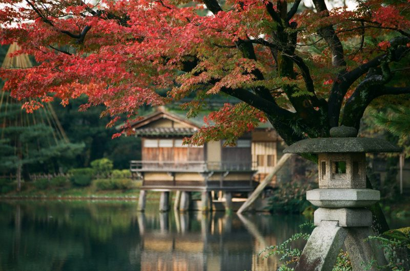 Let AsianDate guide you to the 3 Great Japanese Gardens.