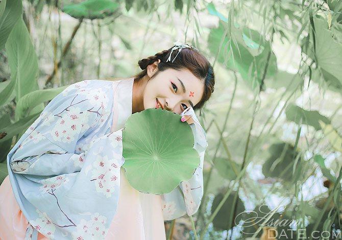 Long-Distance Relationship Benefits We Overlook | Asian Date